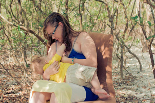 La lactancia es natural… naturalmente hermosa