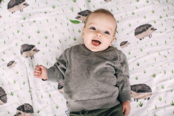¿Porqué preparar un espacio de juego adecuado para nuestro bebé?